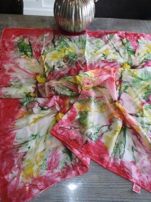 Pañuelo de seda multicolor