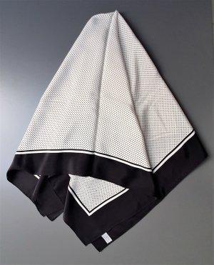Pañuelo de seda negro-blanco puro Seda