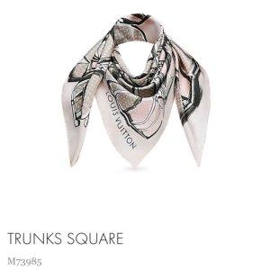 Louis Vuitton Sciarpa di seta grigio chiaro-rosa pallido Seta