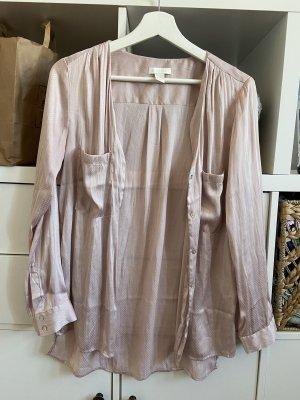 Seidige Bluse in hellem rosa Pyjama look