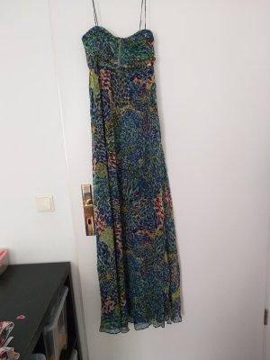 Seifdenes Kleid
