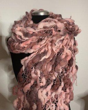 Selber gemachter Schal