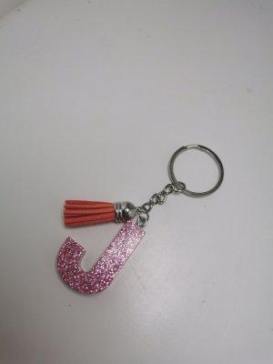 selbstgemachte Schlüsselanhänger aus Kunstharz