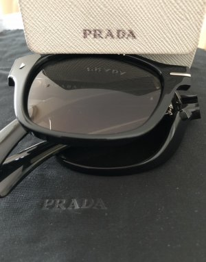 Prada Ovale zonnebril zwart