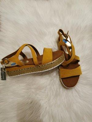 Marco Tozzi Sandale d'extérieur brun sable