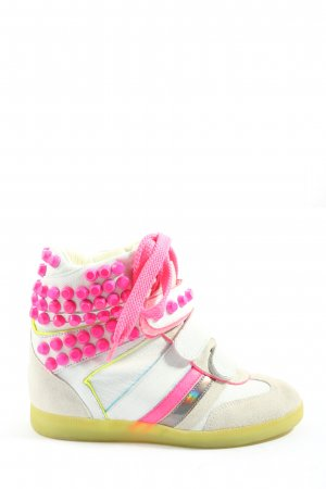 Serafini Zapatillas con tacón blanco-rosa look casual