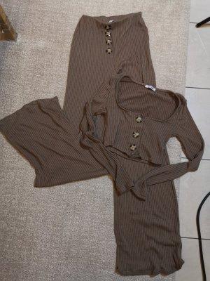 Fashion Nova Twin Set punto marrón grisáceo