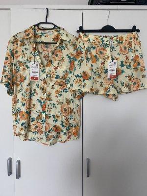 Set aus Bluse und Shorts