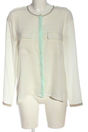 Set Blusa-camisa crema-turquesa look casual