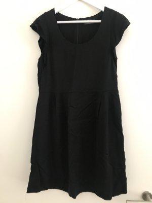 SET Kleid schwarz Gr. 40