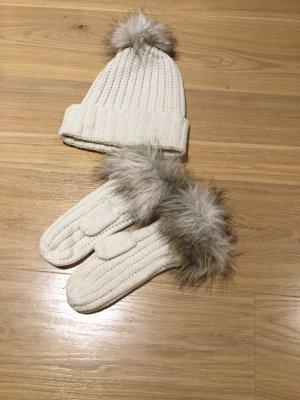 H&M Futrzana czapka w kolorze białej wełny-beżowy