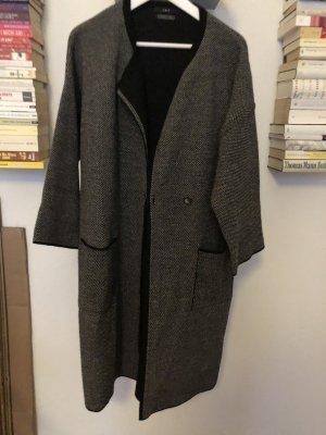 Cappotto a maglia nero-marrone