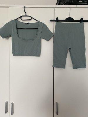 Set Top und Radler-Shorts