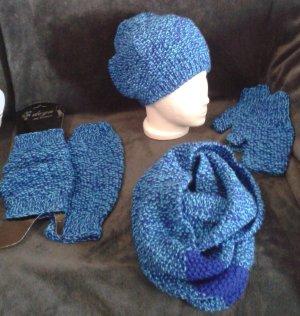 Sombrero de punto azul