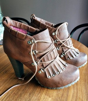 SEVEN SECONDS Ankle Boots