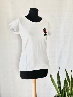 Seven Sisters Tee T-Shirt White The sting mit Logo Applikation fire Rose