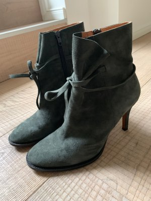 Sexy Ankle Boots aus grauem Velour