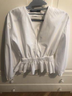 Sexy Bluse mit tiefem Ausschnitt