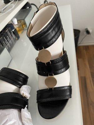 Kayla Sandalias romanas negro-color oro