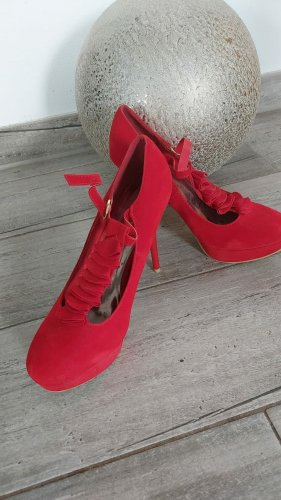 Sexy High Heels in Rot mit Plateu