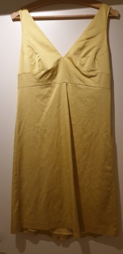 sexy Kleid von Valentino in gelb