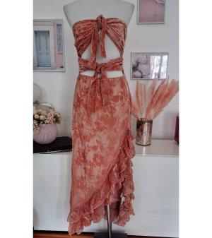 Boohoo Asymetryczna sukienka pomarańczowy-brzoskwiniowy