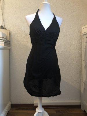 Sexy schwarzes Sommerkleid