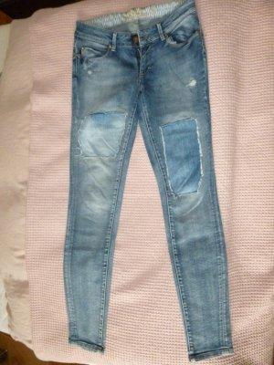 Shabby Skinny Jeans Only mit Flicken Gr. 28