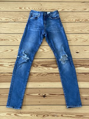 Shaping Skinny Jeans