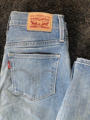 Shaping Skinny Jeans Levis