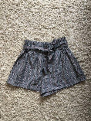 SheIn Paperbag Shorts Größe M