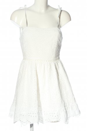 SheIn Sommerkleid weiß Schriftzug gestickt Casual-Look