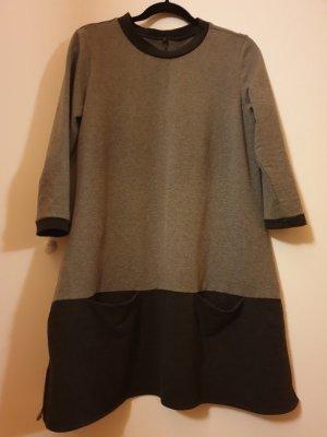 Sheln Hängerkleid - minimalistisch