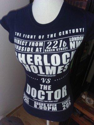 Sherlock Holmes vs Doctor Who Shirt 34-36 36
