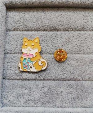 Shiba Inu mit Boba Bubble Tea Pin Anstecker Brosche Metall