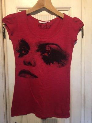 Camiseta carmín-rojo ladrillo