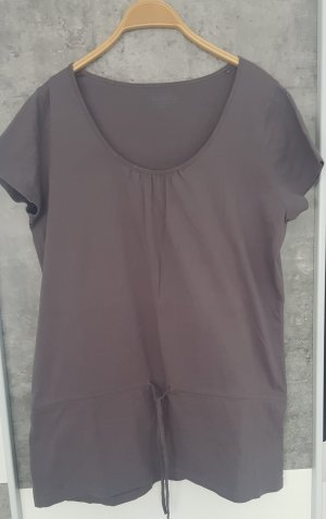 Anne L. Top long gris