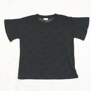 Shirt aus schwarzer Spitze mit Blumenornament
