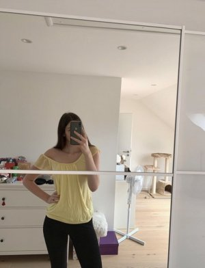 Shirt Gelb