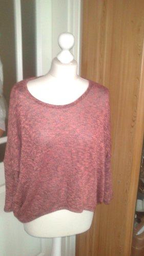 Shirt in rose/schwarz mit Fledermausärmel