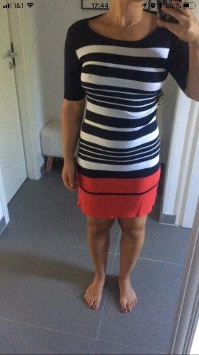 Shirt Kleid mit Streifen