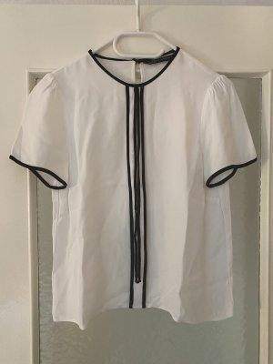 Shirt mit Bindebändchen