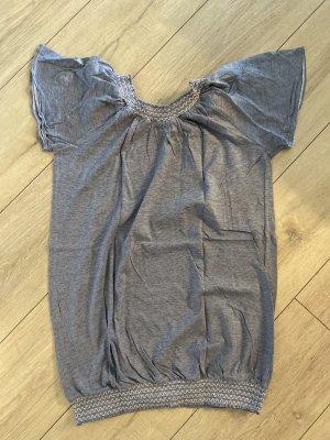 Shirt mit feinen Streifen Grösse S 36/38