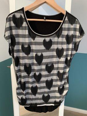 Shirt mit Herzen Schwarz/Weiß