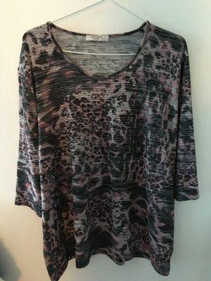 Shirt mit modischem Muster