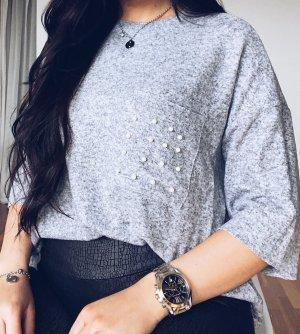 Shirt mit Perlenbesatz
