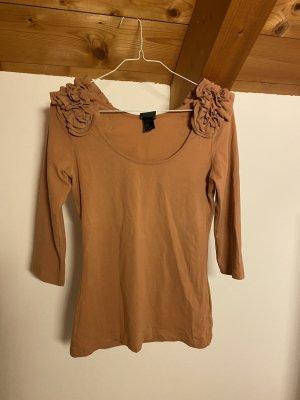 Shirt mit Rüschenapplikation auf Schultern