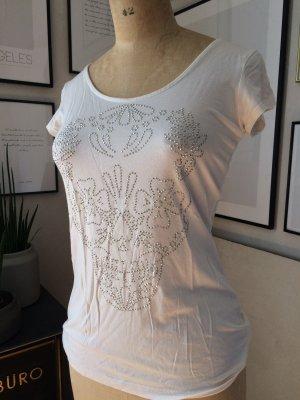 Shirt mit schönen Metallnieten-Totenkopf