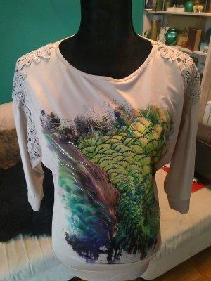 Shirt mit Spitzenbesatz und Pfauenmuster