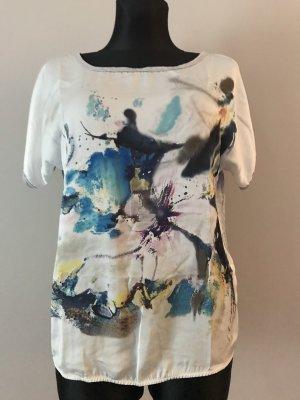 Shirt More & More